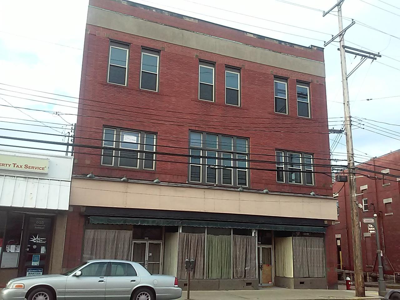 521 Lincoln Ave