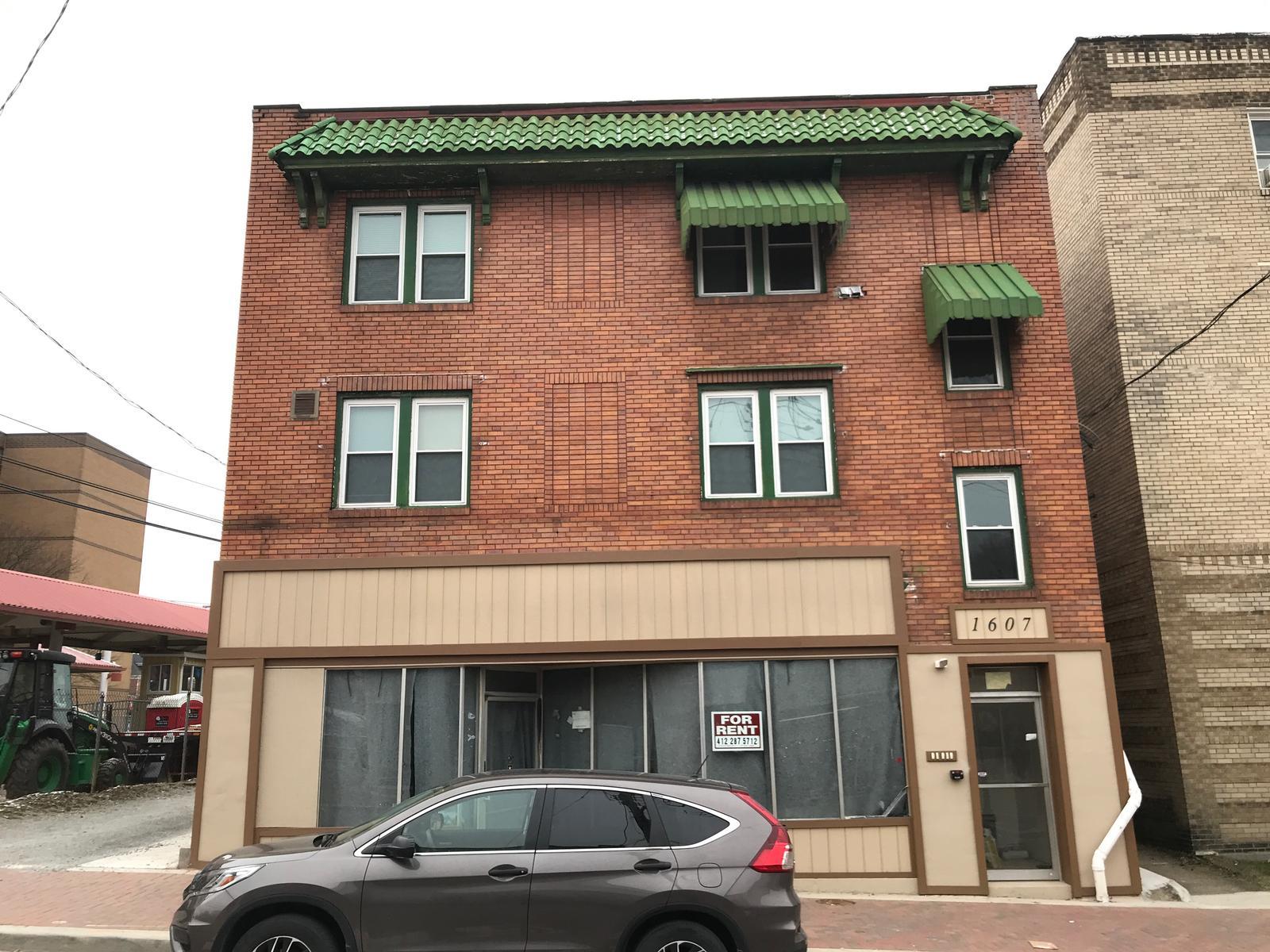 1607 Potomac Ave